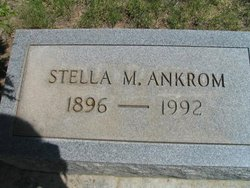 Stella M <i>Fowler</i> Ankrom
