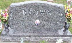 Phyllis M <i>Jeffries</i> Brown