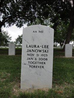 Laura-Lee <i>Schmidt</i> Janowski