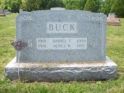 Agnes W Buck
