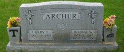 Donna W Archer