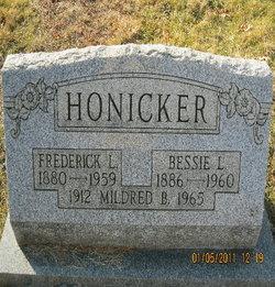 Bessie L Honicker