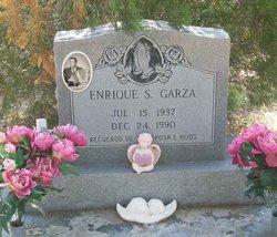 Enrique S Garza