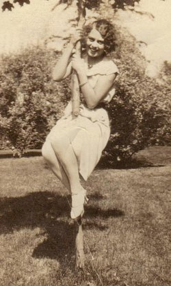 Agnes Rose <i>Borkowski</i> Capps