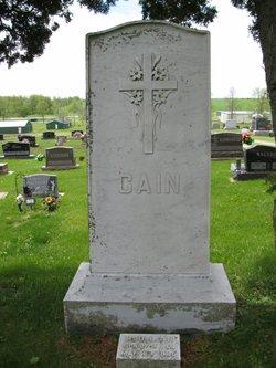 Pat H Cain