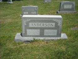 Alice R Anderson