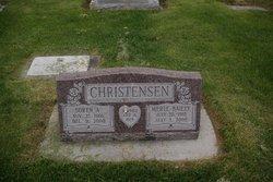Merle <i>Bailey</i> Christensen