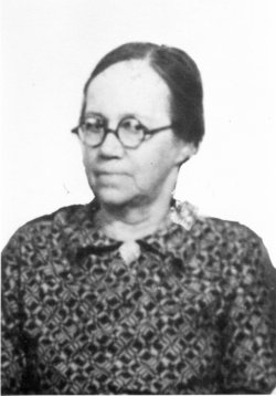 Mary May Belle <i>Wolfe</i> Snyder