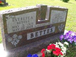 Lucy Ellen <i>McLaughlin</i> Bettes
