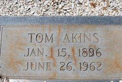 Thomas Tom Akins