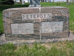 Katie <i>Petersen</i> Petersen