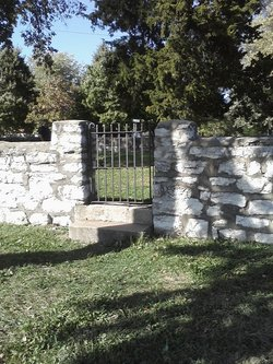 Hill Park Cemetery