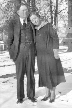 Myrtle Wynona <i>Luttrell</i> Barnes