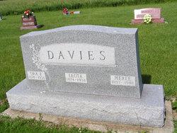 Merle Davies