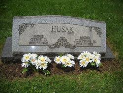 Othie George Husak