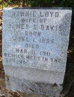 Nannie <i>Loyd</i> Davis