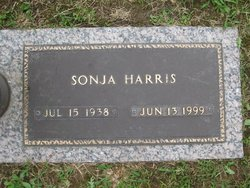 Sonja <i>Harris</i> Harris
