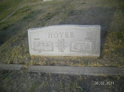 Metha D <i>Peters</i> Hoyer