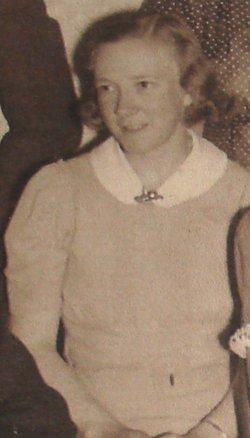 Constance Lena <i>Trumbull</i> Bennett