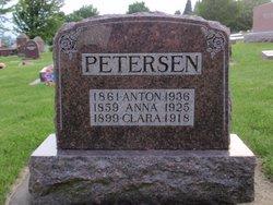 Anna Dorthea <i>Smith</i> Petersen