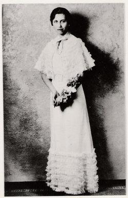Dorothy <i>Harris</i> Helferstay