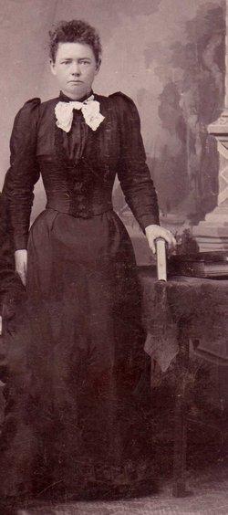 Lorena Woodmansee