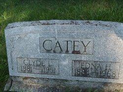 Edna H Catey