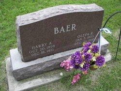 Oleva <i>Ross</i> Baer