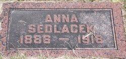 Anna Sedlacek