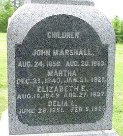 Elizabeth E Washburn