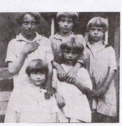 Edith Ellen <i>Clifton</i> Cantrell