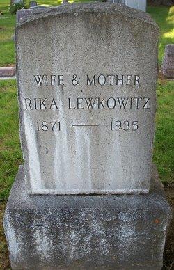 Rika Shank
