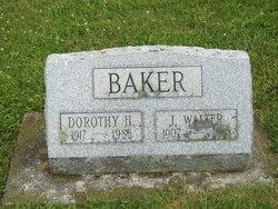 Dorothy H <i>Rightnour</i> Baker