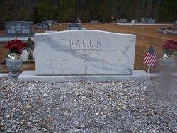 Vertis Idella <i>Strickland</i> Bacon