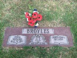 Fern <i>Lyon</i> Broyles