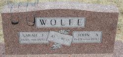 Sarah Jane <i>Hunter</i> Wolfe