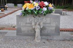 Claude E Gibbs