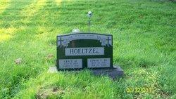Grace Madeline <i>Becker</i> Hoeltzel