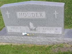 Virgil Eugene Houdek