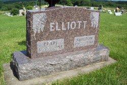Pearl <i>Graham</i> Elliott