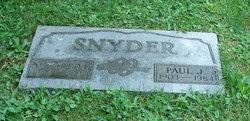 Mildred F Snyder