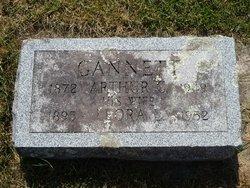 Arthur C Gannett