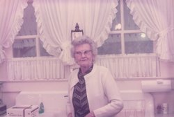 Mrs Alphild Helga <i>Johnson</i> Evans