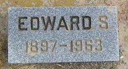 Edward S Reinbold