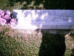 Cleo W Diggs