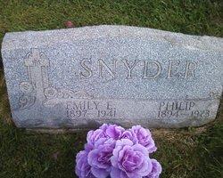 Emily E Snyder