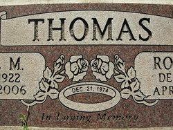 Robert E Thomas