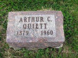 Arthur C Quiett