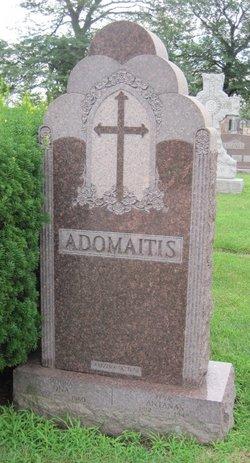 Ona Adomaitis