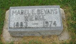 Mabel E <i>Bevans</i> Wiebke